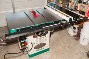 "Grizzly G0690 10"" 3HP 220V Cabinet Table Saw"