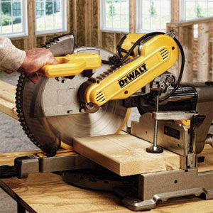 DEWALT DWS709 Compound Miter Saw